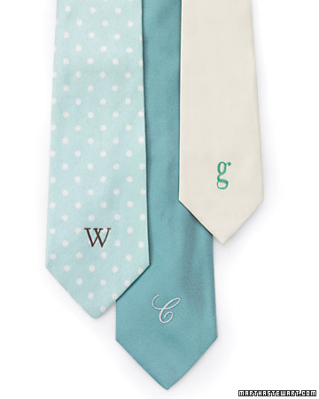 diy gifts for men, diy gifts, diy monogrammed tie