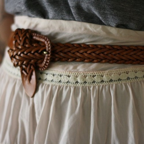 knotted belts, ways to knot a belt, ways to wear a belt, how to knot a belt