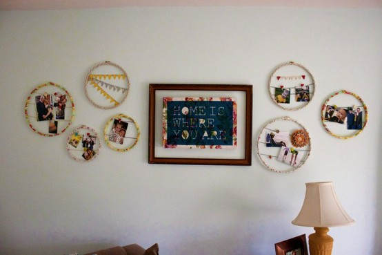 hanging photos without frames, ways to hang art, embroidery hoop art