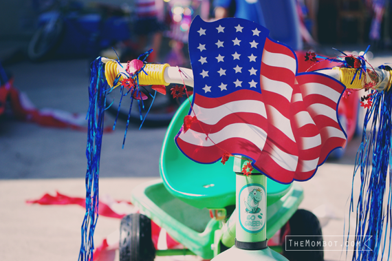 4th of July bike parade | TheMombot.com