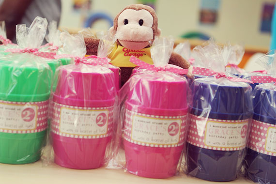 A very pink Curious George birthday party | TheMombot.com