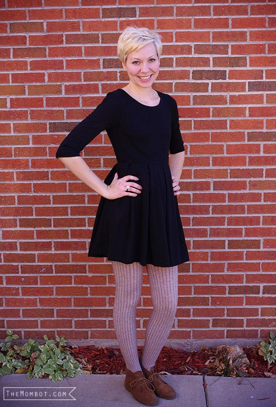 WIWW: Simple black dress | TheMombot.com